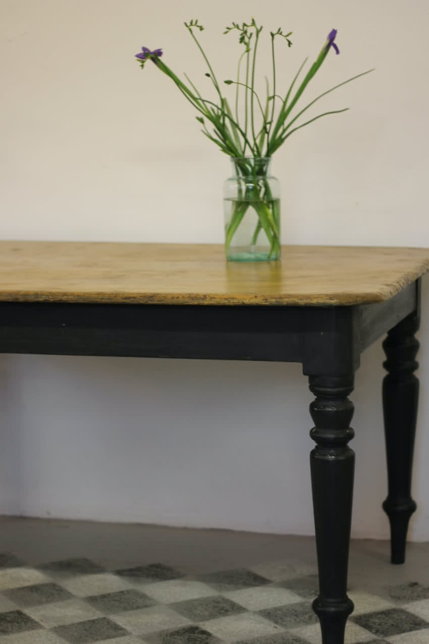 black-victorian-table-right-half